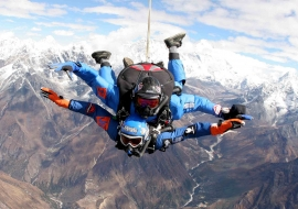 Everest Skydiving